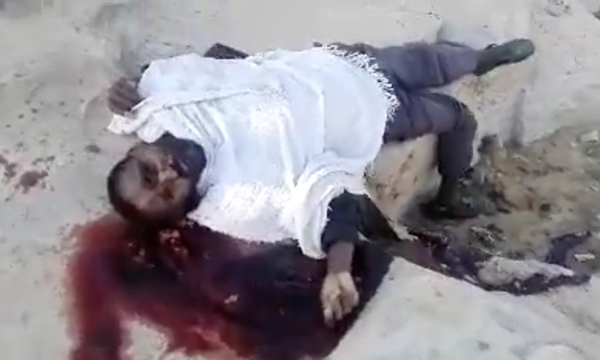 Eritrean soldiers wantonly Kill in Idaga Hamus (with footage)